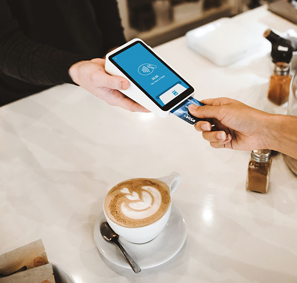 PayCenter Kreditkarte beim Bezahlen im Laden